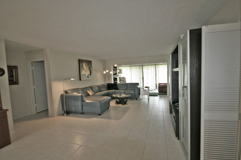 3669 Quail Ridge Drive N Bobwhite B, Boynton Beach, FL 33436