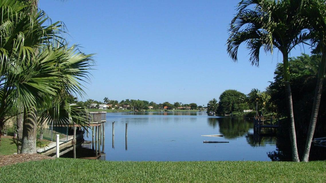 Rainberry Lake View