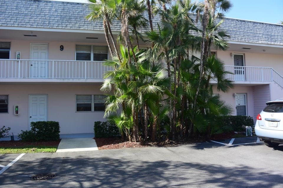 18081 SE Country Club Drive 84, Tequesta, FL 33469