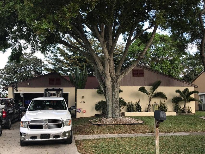 8170 W Rose Marie Avenue W, Boynton Beach, FL 33472