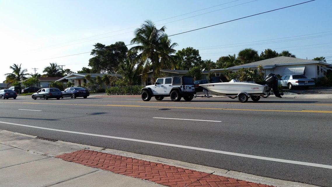 Terrenos Comerciales por un Venta en W Blue Heron Boulevard W Blue Heron Boulevard Riviera Beach, Florida 33404 Estados Unidos