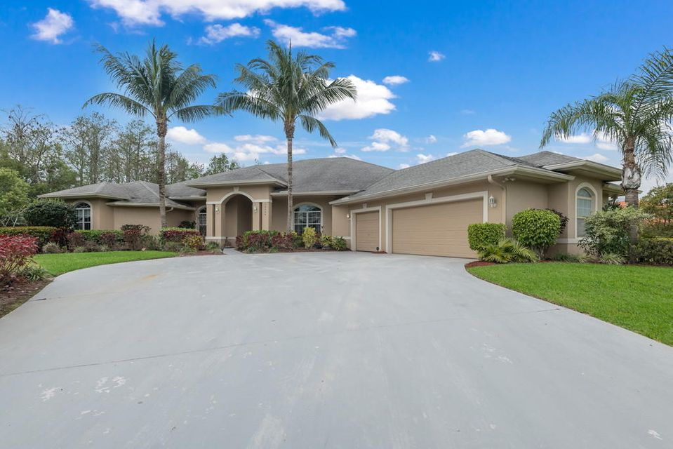 16509 75th Ave N Avenue , Palm Beach Gardens FL 33418 is listed for sale as MLS Listing RX-10321940 30 photos