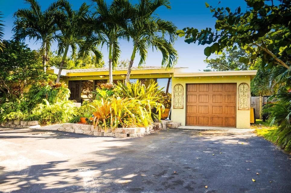 922 Mission Hill Road, Boynton Beach, FL 33435