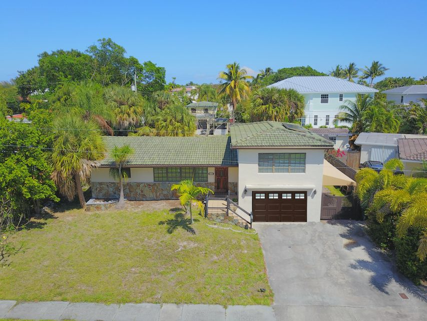 1260 NE 4th Court, Boca Raton, FL 33432