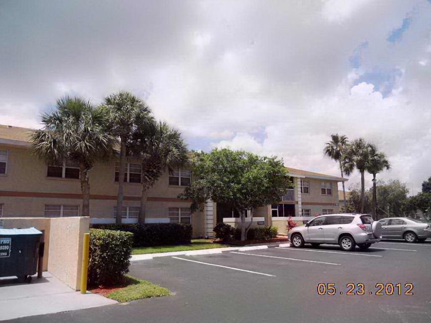 1537 SE Royal Green Circle E 207, Port Saint Lucie, FL 34952