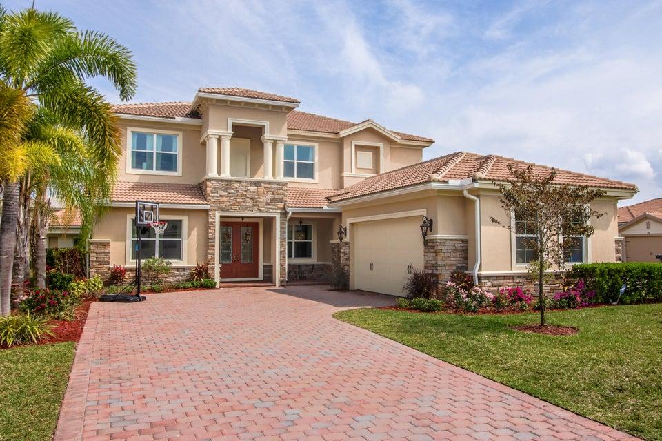 8947 Cypress Grove Lane  Royal Palm Beach, FL 33411