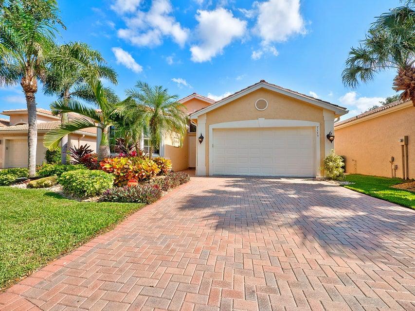 7175 Imperial Beach Circle, Delray Beach, FL 33446