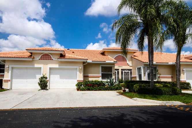 12647 Crystal Pointe Drive B, Boynton Beach, FL 33437