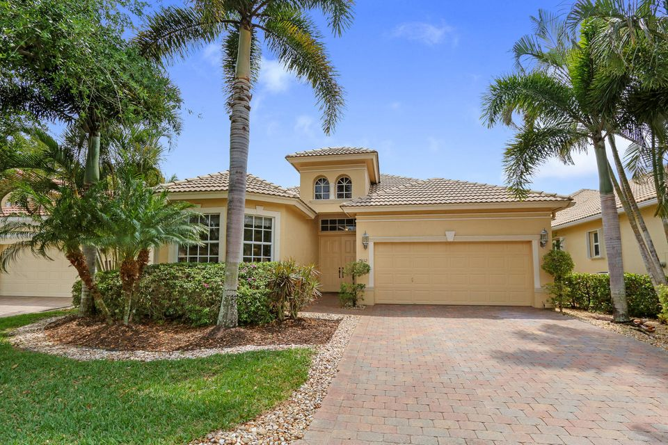 Single Family Home for Sale at 7032 Veneto Drive 7032 Veneto Drive Boynton Beach, Florida 33437 United States