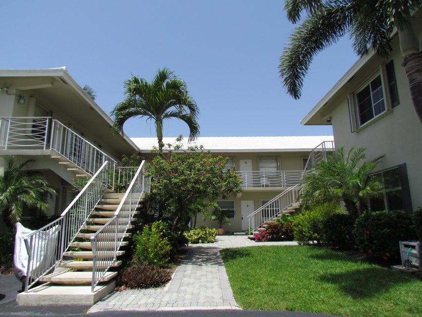 100 Venetian Drive 7, Delray Beach, FL 33483