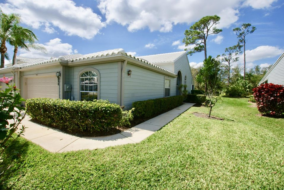8930 SE Riverfront Terrace, Tequesta, FL 33469