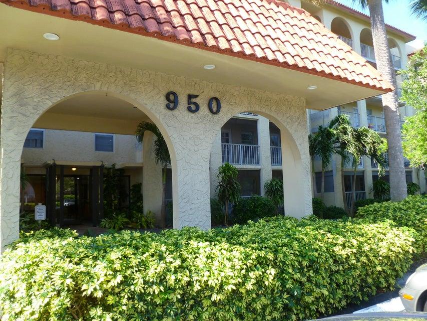 950 Ponce De Leon Road 207, Boca Raton, FL 33432