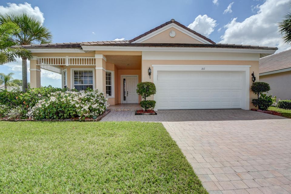 182 NW Swann Mill Circle, Port Saint Lucie, FL 34986