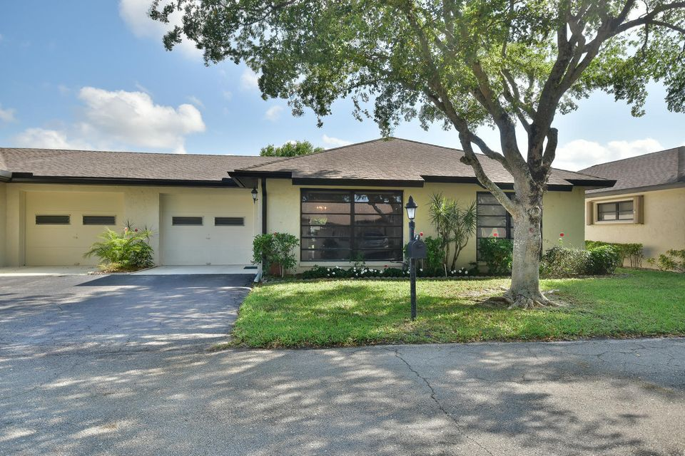 Villa por un Venta en 10143 Eaglewood Terrace 10143 Eaglewood Terrace Boynton Beach, Florida 33436 Estados Unidos