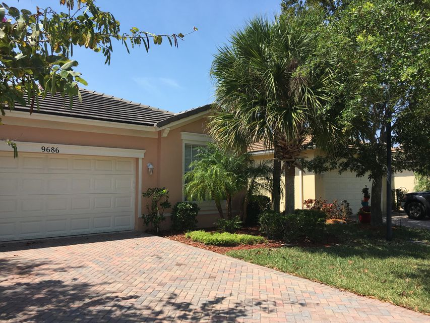 9686 SW Flowermound Circle, Port Saint Lucie, FL 34987
