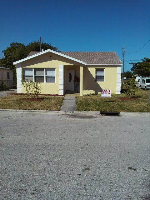 700 W 5th Street, West Palm Beach, FL 33404