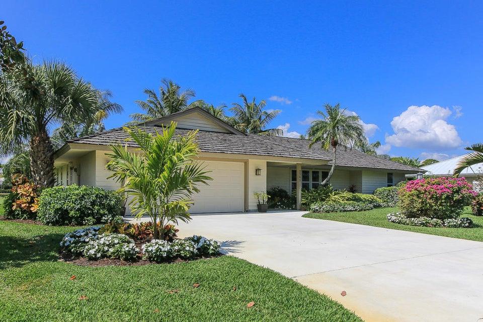 3241 SE Court Drive, Stuart, FL 34997