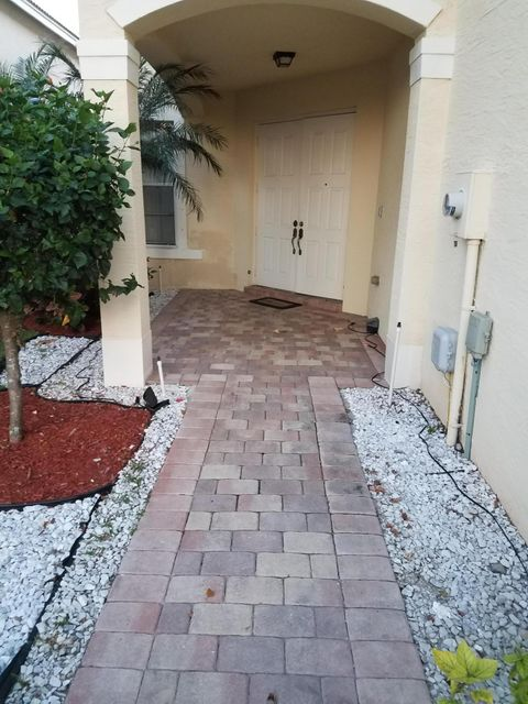 5314 Moon Shadow Lane, Lake Worth, FL 33463