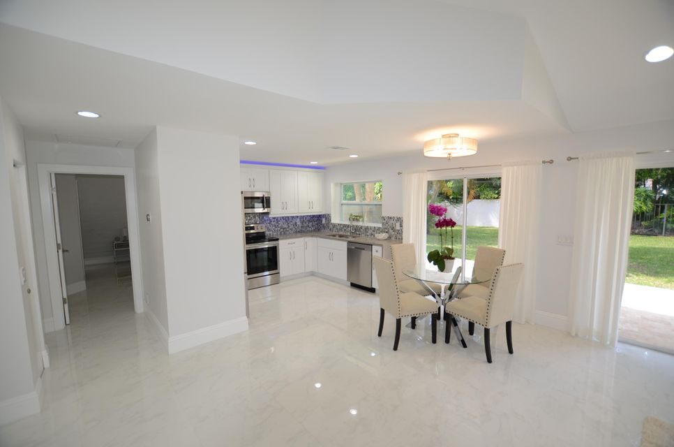 Additional photo for property listing at 2157 NW 52nd Street 2157 NW 52nd Street Boca Raton, Florida 33496 Vereinigte Staaten