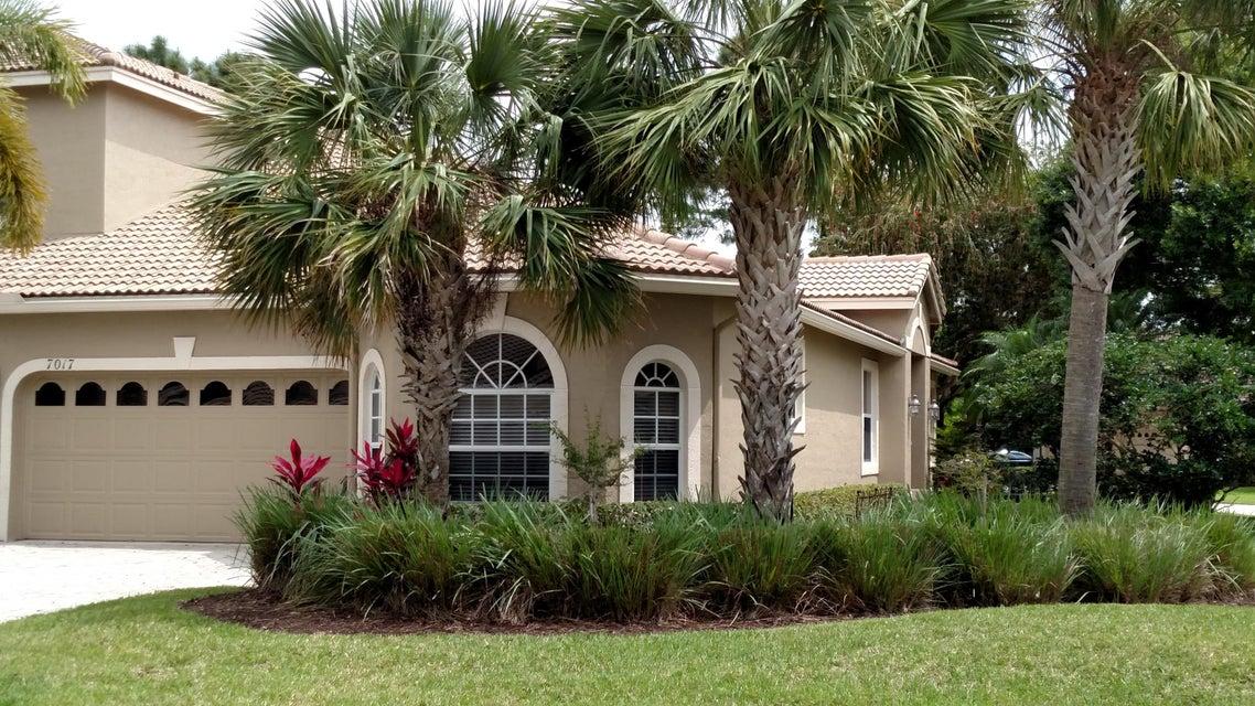 7017 Torrey Pines Circle, Port Saint Lucie, FL 34986
