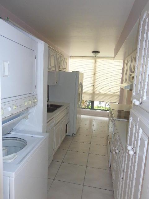 Additional photo for property listing at 2005 Bridgewood Drive 2005 Bridgewood Drive Boca Raton, Florida 33434 United States