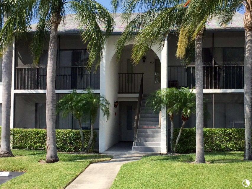 1002 Green Pine Boulevard H2, West Palm Beach, FL 33409