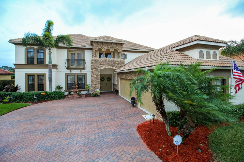 2216 NW Diamond Creek Way, Jensen Beach, FL 34957