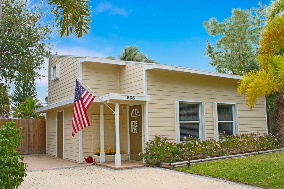835 Macy Street, West Palm Beach, FL 33405