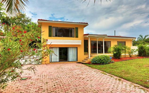 1425 NE 4th Court, Boca Raton, FL 33432