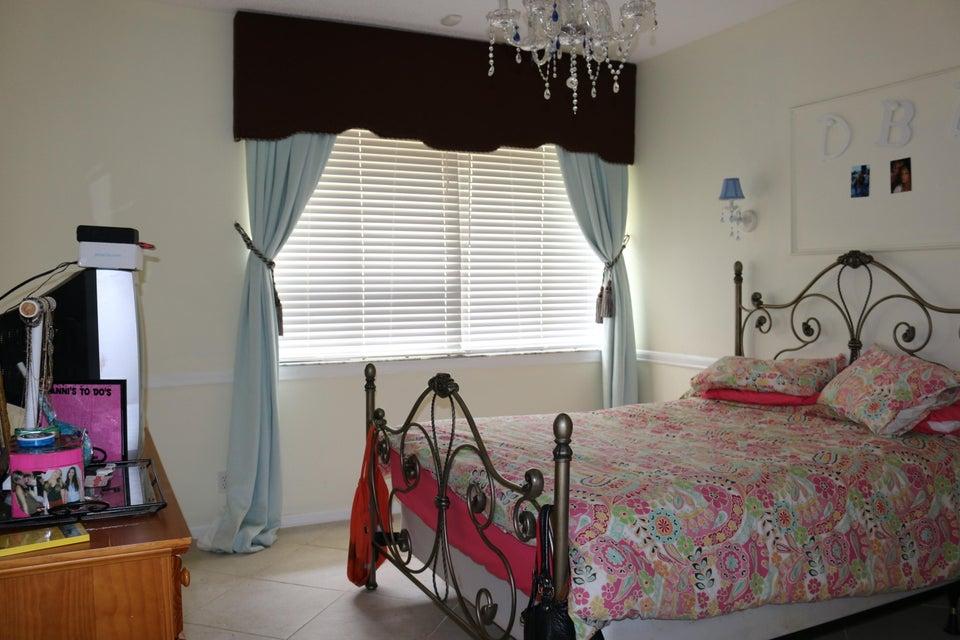 Additional photo for property listing at 17164 Newport Club Drive 17164 Newport Club Drive Boca Raton, Florida 33496 Estados Unidos