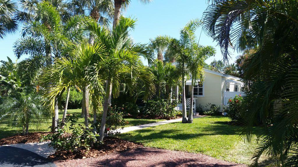 2252 NE Pelican Terrace, Jensen Beach, FL 34957