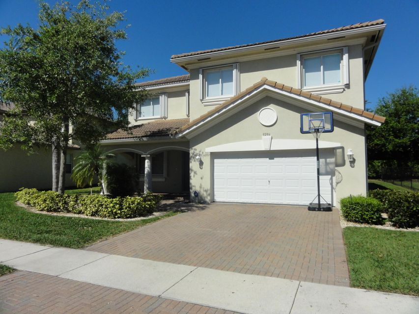 9286 Silver Glen Way, Lake Worth, FL 33467