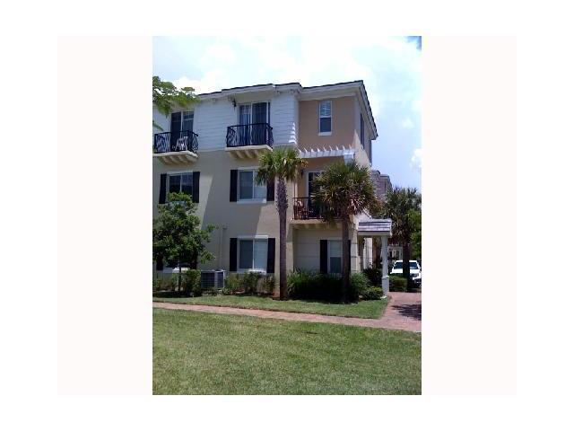 3600 NW 5th Terrace, Boca Raton, FL 33431