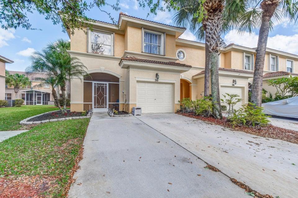 210 River Bluff Lane Royal Palm Beach, FL 33411
