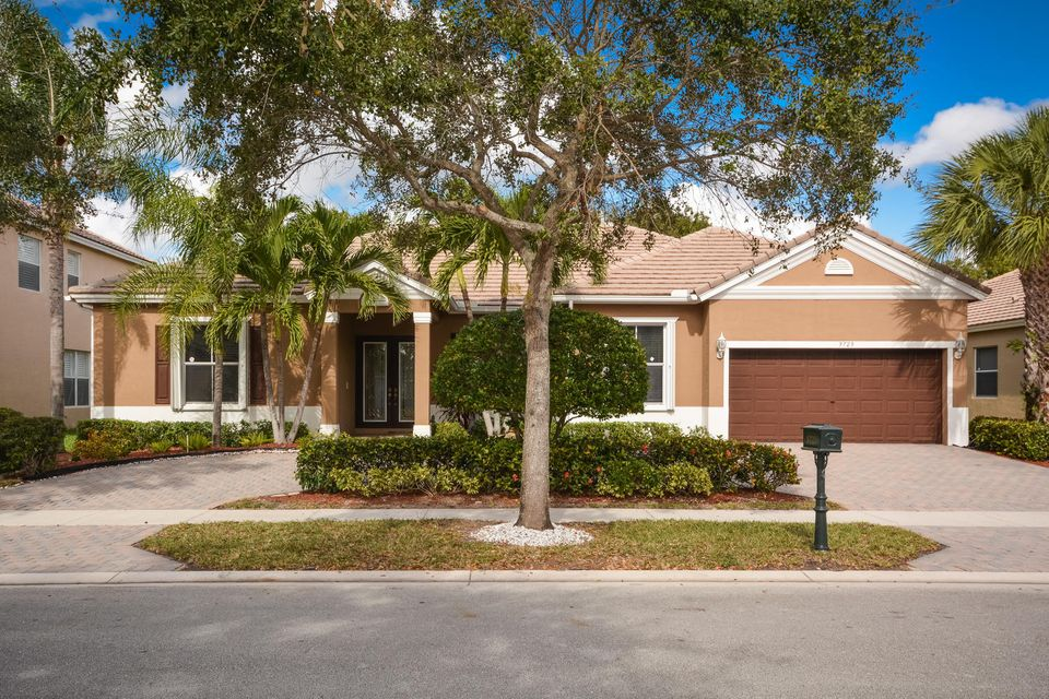 9729 Savannah Estates Drive, Lake Worth, FL 33467