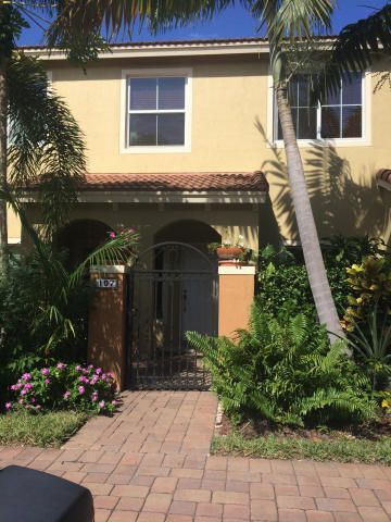 BEAUTIFUL TWO STORY 2 BED, 2 1/2 BATH TOWNHOUSE WITH S/S APPLIANCES, GRANITE COUNTER TOPS, WASHER/DRYER, LOTS OF STORAGE, TILE FLOOR GROUND LEVEL, AND CARPET ON SECOND FLOOR.GATED COMMUNITY, WITH RELAXING POOL AND PLAYGROUND, PET FRIENDLY, CLOSE TO DOWNTOWN DELRAY,  ONLY 10 MINUTES TO THE BEACH.