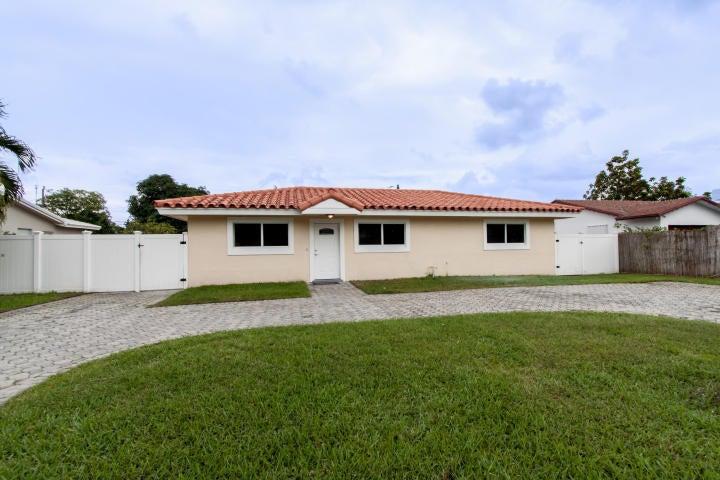 2222 NW 3rd Court, Boca Raton, FL 33431