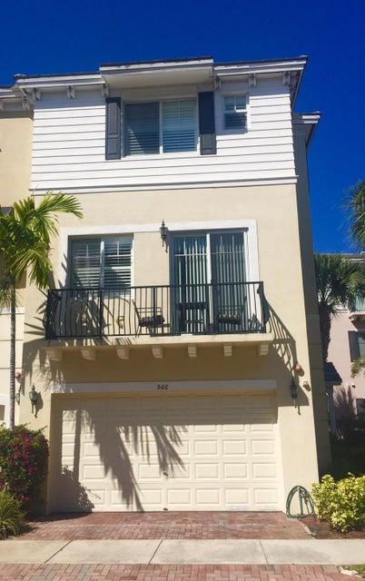 566 NW 35th Place, Boca Raton, FL 33431