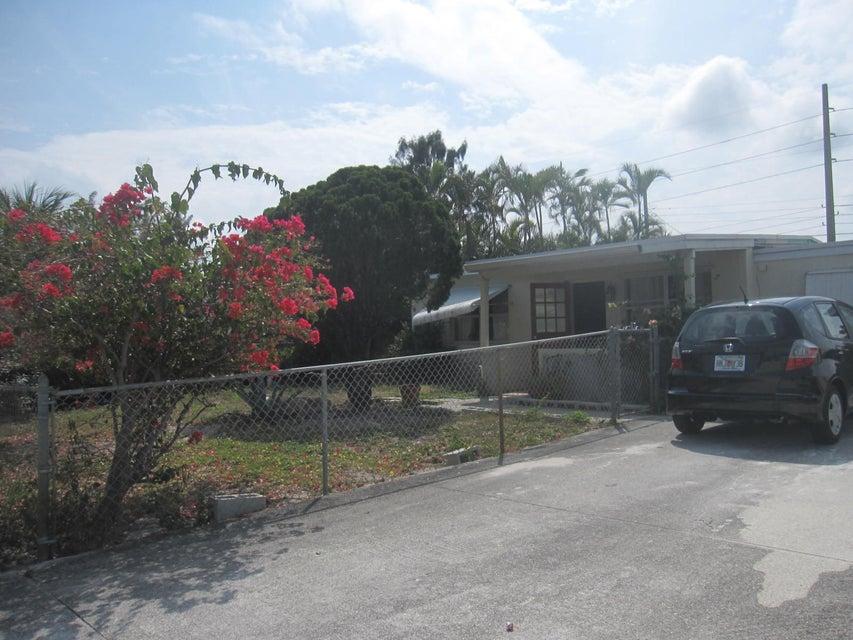 3891 Orange Street, Lantana, FL 33462