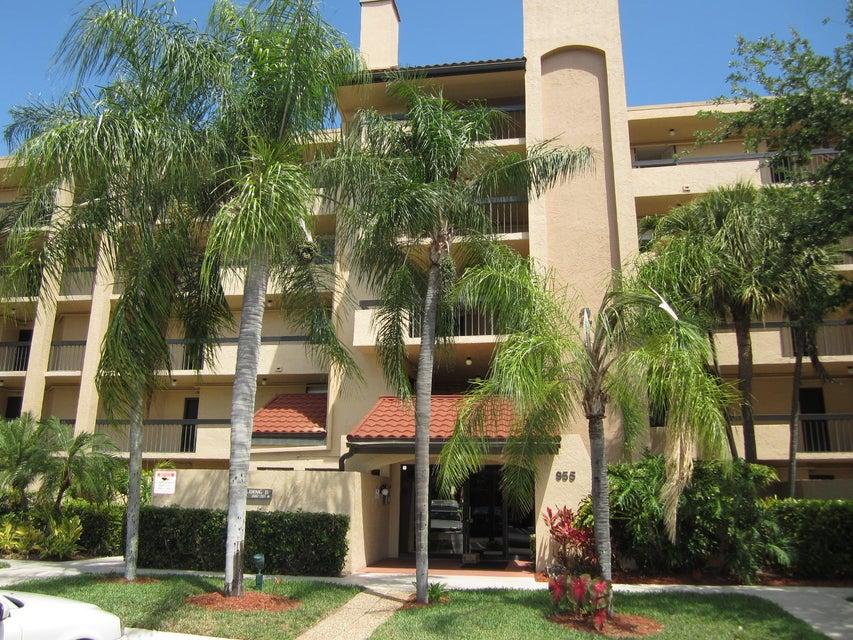 Co-op / Condo للـ Rent في 955 Dotterel Road 955 Dotterel Road Delray Beach, Florida 33444 United States