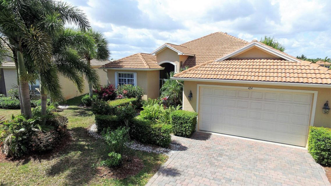 424 NW Sheffield Circle, Port Saint Lucie, FL 34983