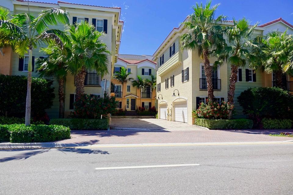 150 NE 6th Avenue T, Delray Beach, FL 33483