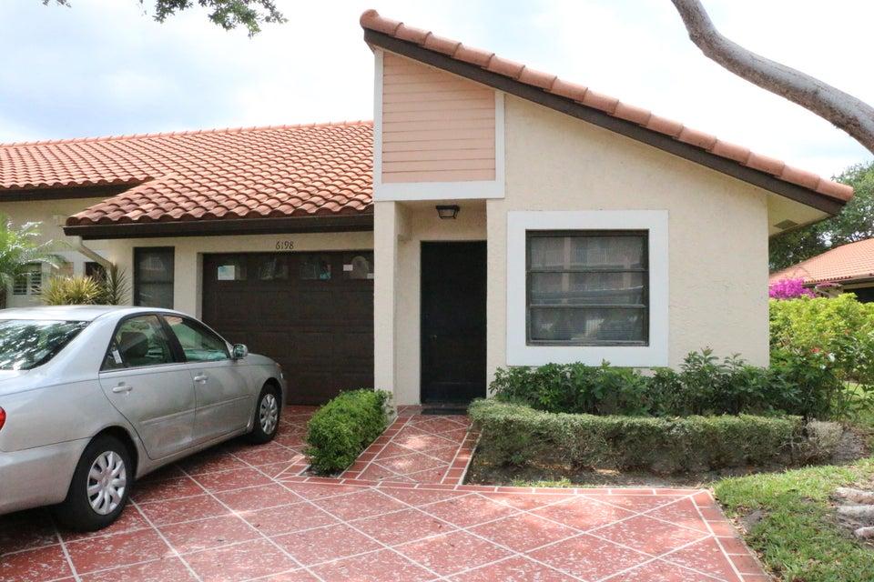 6198 Pointe Regal Circle, Delray Beach, FL 33484