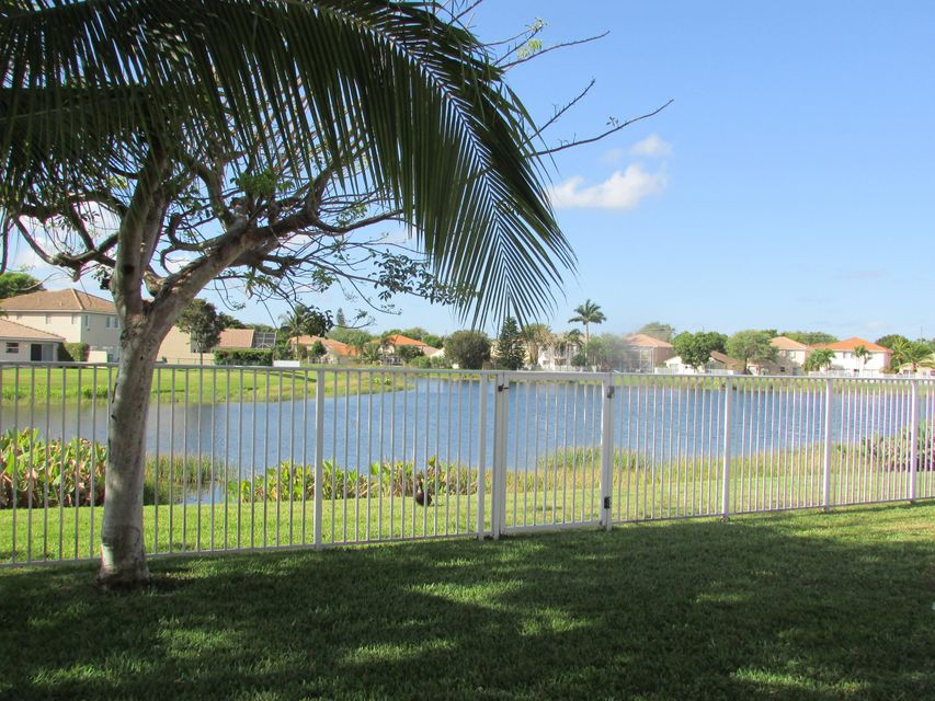 6109 Willoughby Circle Lake Worth, FL 33463 small photo 6