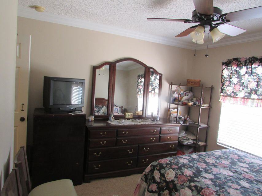 6109 Willoughby Circle Lake Worth, FL 33463 small photo 14