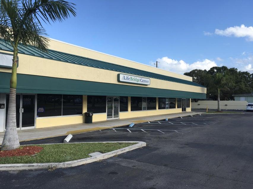 Oficinas por un Alquiler en 804 S 6th Street 804 S 6th Street Fort Pierce, Florida 34950 Estados Unidos