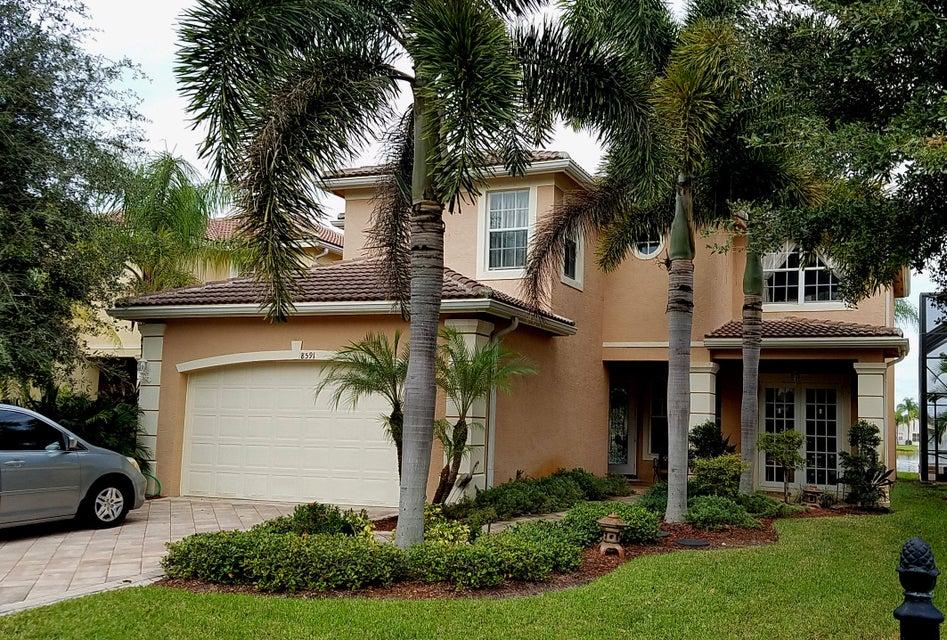 8591 Breezy Oak Way, Boynton Beach, FL 33473