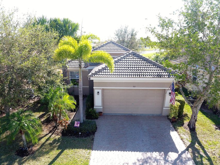 703 NW Stanford Lane, Port Saint Lucie, FL 34983