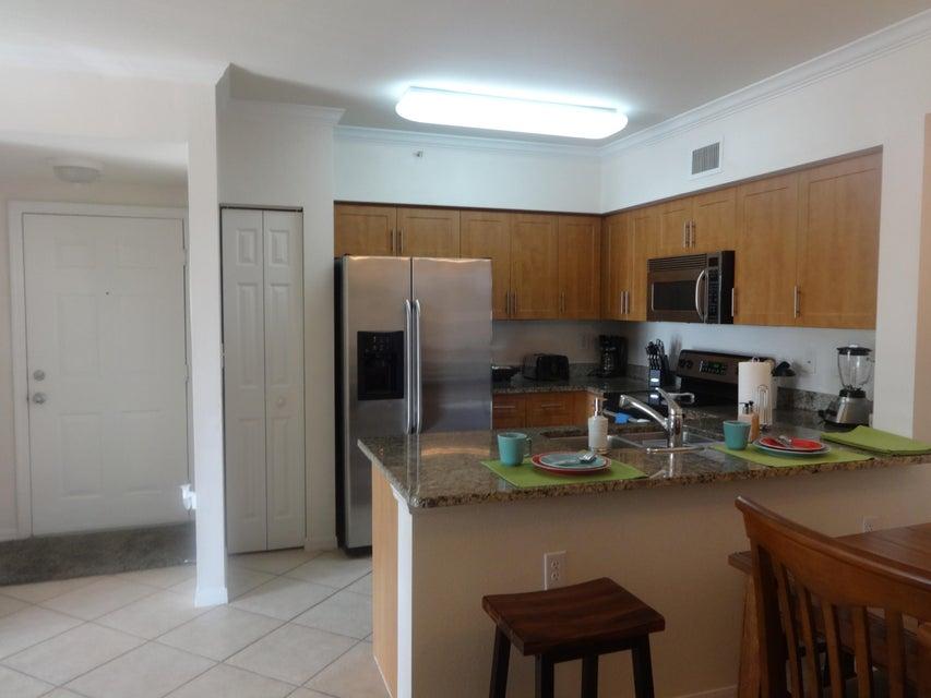 6378 Emerald Dunes Drive 302, West Palm Beach, FL 33411