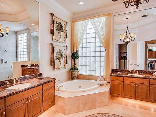 Additional photo for property listing at 120 Viera Drive 120 Viera Drive Palm Beach Gardens, Florida 33418 United States